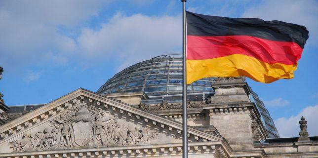 Germania: Ministrul justiţiei îşi reafirmă opoziţia faţă de vaccinarea obligatorie
