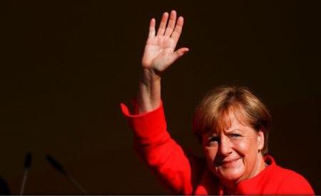 Germania: Plângeri împotriva cancelarului Angela Merkel pentru înaltă trădare (presă)
