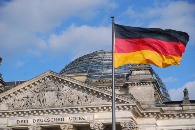 Germania relaxează regulile de carantină pentru călători, o decizie salutată de sectorul turismului