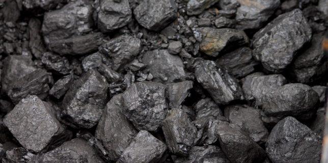 Greenpeace: România va trebui să renunţe la cărbune după 2025