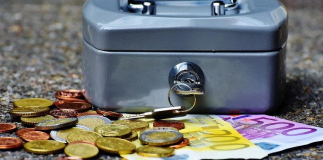 Guvernul spaniol a anunţat că va abandona regulile de disciplină bugetară pentru 2020 şi 2021