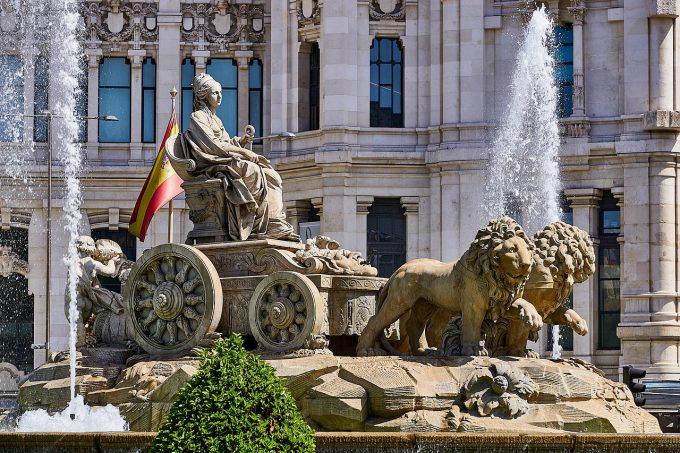 Guvernul spaniol vrea prelungirea stării de urgenţă cu încă 15 zile