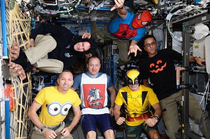 Halloween pe Stația Spațială Internațională: Costumul de astronaut nu este o opțiune