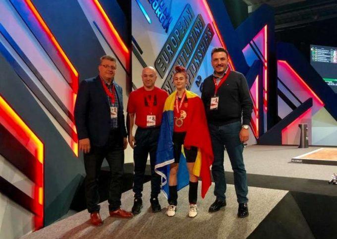 Haltere: Cosmina Pană a cucerit o medalie de bronz la Europenele de la Batumi