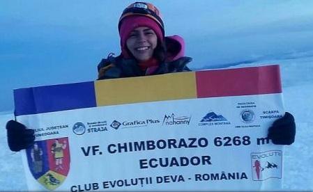Hunedoara: Alpinista Alexandra Marcu a reușit să cucerească vârful Chimborazo (6.268m), din Anzi