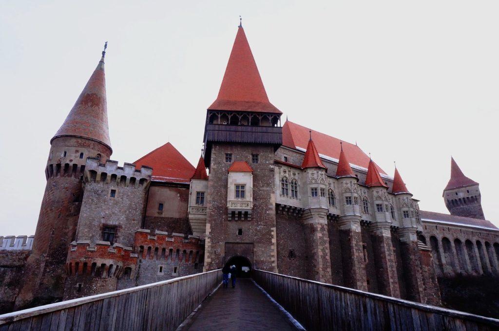 Hunedoara: Castelul Corvinilor - gazda Târgului European al Castelelor