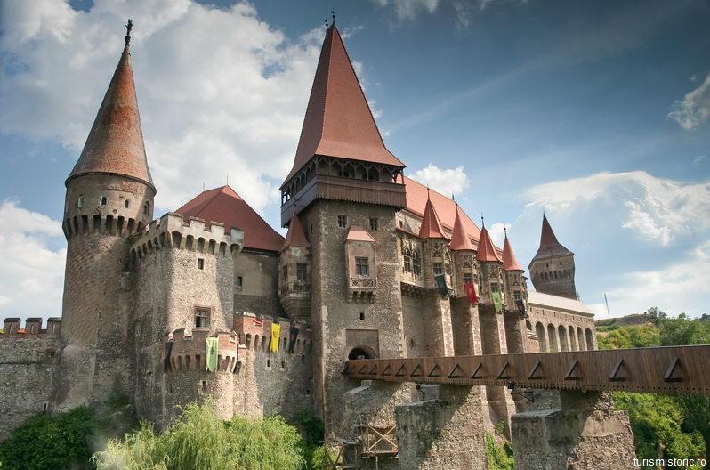Hunedoara: Castelul Corvinilor va fi prezentat la Târgul internațional de turism de la Barcelona