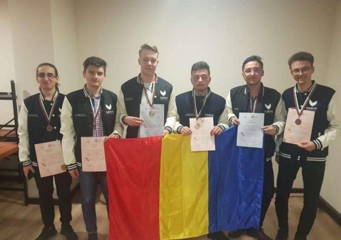 Iaşi: Studenţi de la TUIASI medaliaţi cu aur şi argint la Olimpiada internaţională de matematică din Israel