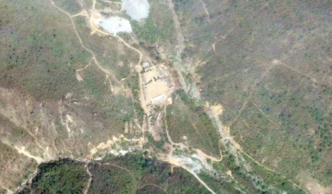 Închiderea sitului nord-coreean de teste nucleare: Reprezentanţi ai mass-media străine au plecat la Phenian