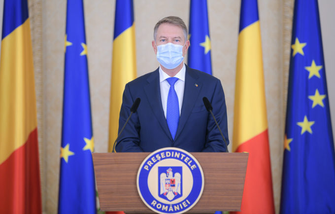 Iohannis: După Crăciun vom intra în campania de vaccinare; martie, aprilie, mai - imunizarea populaţiei generale