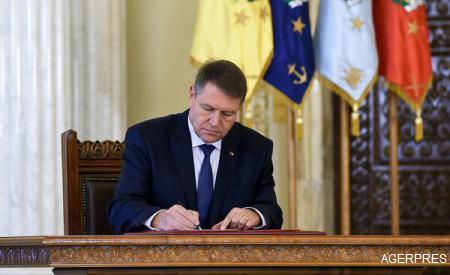 Iohannis a promulgat Legea privind pensiile militare de stat