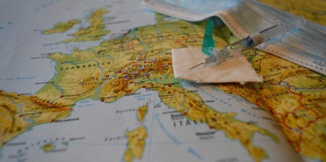 Italia va lansa o campanie de vaccinare anti-COVID gratuită la începutul lui 2021