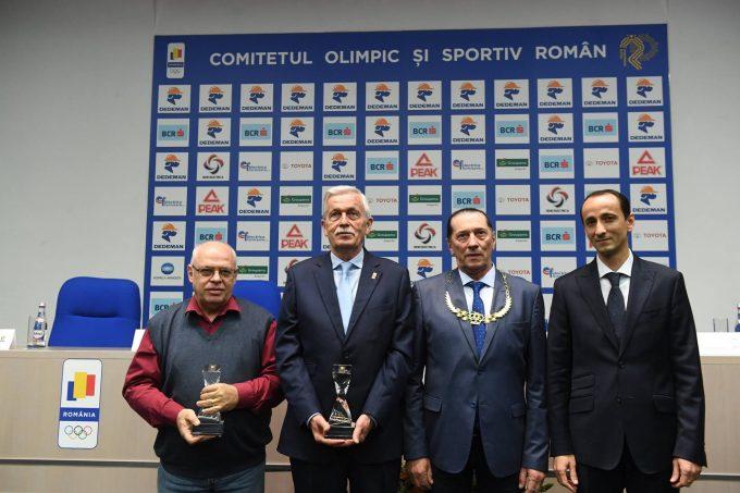 Ivan Patzaichin a primit Colanul de Aur, cea mai înaltă distincţie a Comitetului Olimpic şi Sportiv Român