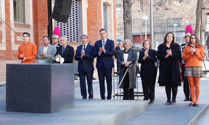 La Comunidad de Madrid recuerda a las víctimas del 11-M en el 15º aniversario de los atentados