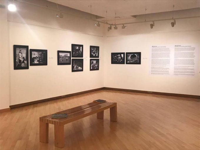 La exposición 1989: Bucarest – Praga – Varsovia. Instantáneas de la transición hacia la democracia