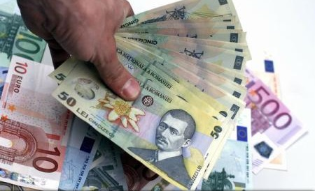 Leul coboară la cel mai redus nivel în raport cu euro din ultimele 6 luni; cursul BNR: 4,5309 lei/euro