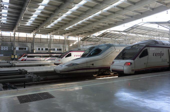 MAE: Doi români implicaţi în accidentul feroviar din apropiere de Barcelona; unul rănit uşor şi unul nevătămat