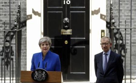 Marea Britanie: Theresa May anunță că va forma noul guvern