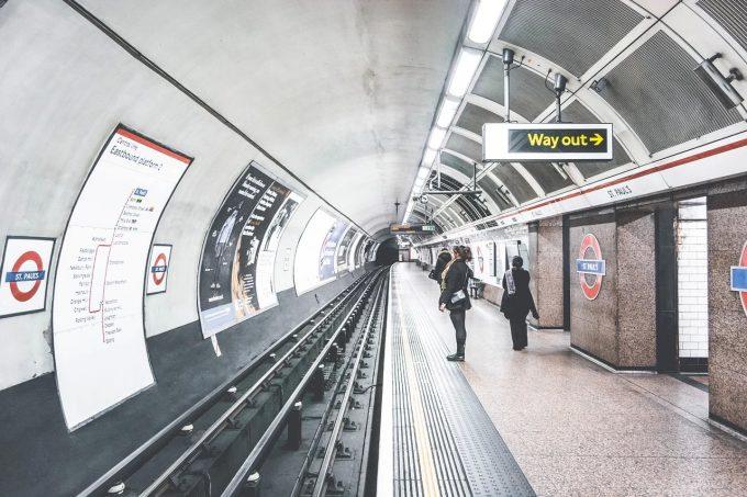 Marea Britanie ar putea recomanda purtarea măştilor în toate locurile publice (Telegraph)