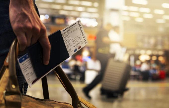 Marile companii aeriene europene sunt de acord să ramburseze banii pasagerilor după anularea zborurilor