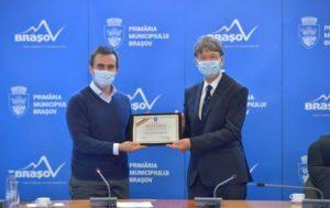Medicul elveţian Christophe Iselin - Cetăţean de Onoare al Braşovului, pentru contribuţia la programul de transplant renal