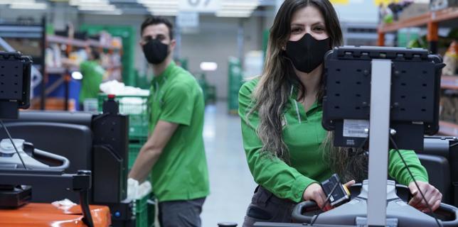 Mercadona măști corporative igienice refolosibile pentru cei 95.000 de angajați ai săi