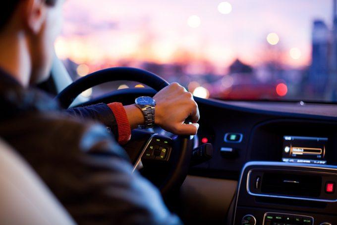 Meseria de şofer, cea mai căutată pe piaţa muncii din România (studiu)