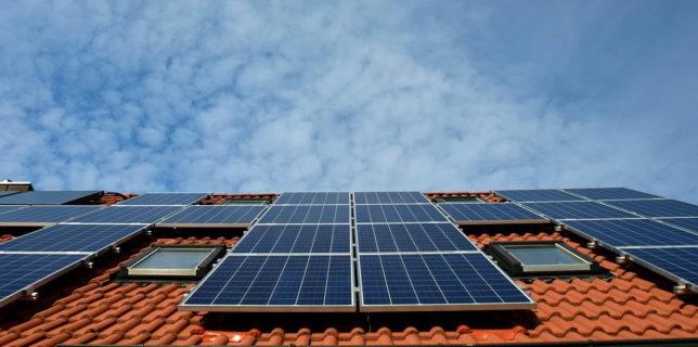 Ministerul Economiei a finalizat ghidul Programului Electric Up