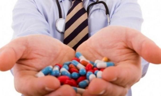 """Ministerul Sănătății a lansat campania """"Nu antibiotice la întâmplare!"""""""