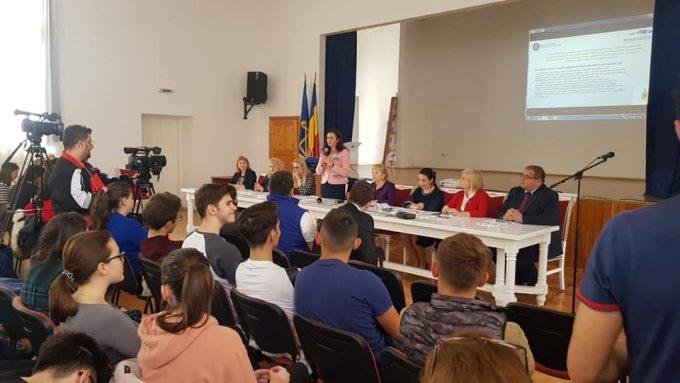 Ministrul Natalia Elena Intotero a prezentat campania IASL în județele Arad și Timișoara