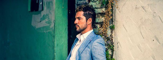 Născut în Almeria, cântăreţul spaniol David Bisbal împlineşte 40 de ani