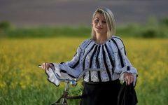 Neamţ: De Sânziene, ia românească va fi sărbătorită pe biciclete