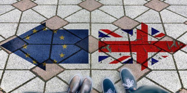 Noi constrângeri pentru cetăţenii Uniunii Europene şi cei ai Regatului Unit
