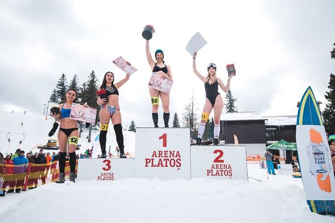 O clujeancă, Anca Ţandrea a câştigat Miss Bikini pe zăpadă pentru al doilea an consecutiv