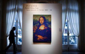 O versiune a tabloului ''Mona Lisa'' realizată din cuburi Rubik, vândută la licitaţie cu aproape 500.000 de euro