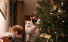 OMS recomandă purtarea măştii în timpul reuniunilor de familie de Crăciun