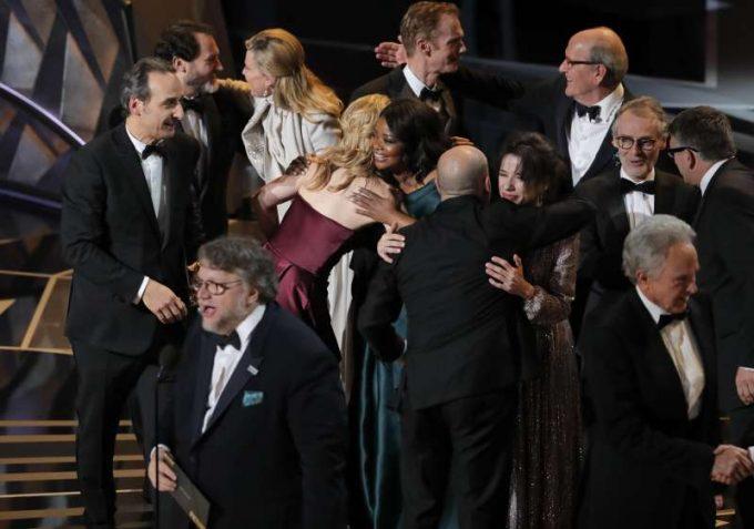 """VIDEO OSCAR 2018 """"The Shape of Water"""", principalul câştigător al ediţiei a 90-a a premiilor Academiei, cu patru statuete"""