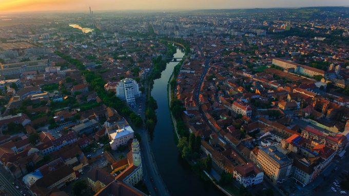 Opt dintre cele mai mari oraşe din România generează peste jumătate din PIB (ambasador)