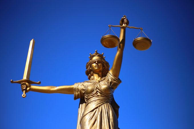 Ordonanţa de urgenţă pentru modificarea şi completarea unor acte normative în domeniul justiţiei - publicată în Monitorul Oficial