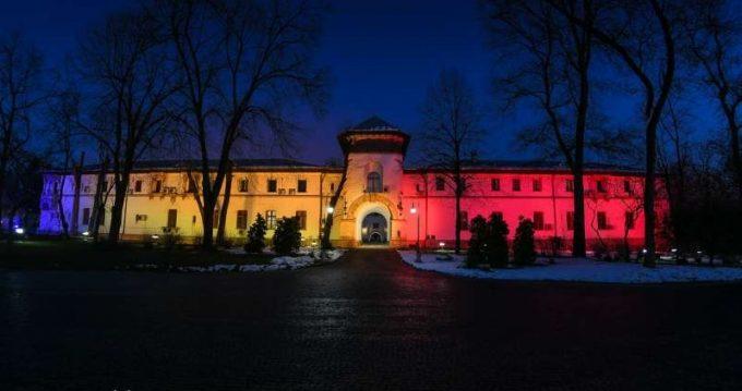 Palatul Cotroceni, luminat în culorile tricolorului de Ziua Unirii Principatelor
