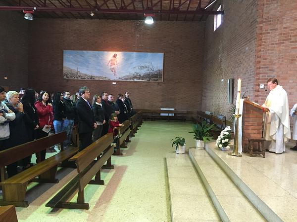 Participarea ambasadorului român la Slujba de Paște oficiată la Capelania Romano-Catolică românească din Madrid