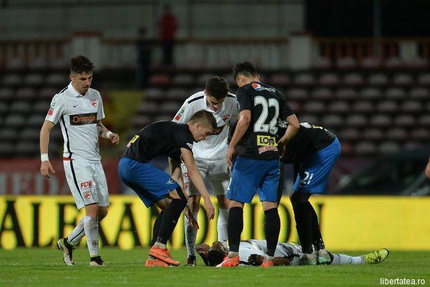 Patrick Ekeng a murit la 26 de ani prăbușit pe teren, în timpul meciului Dinamo - Viitorul