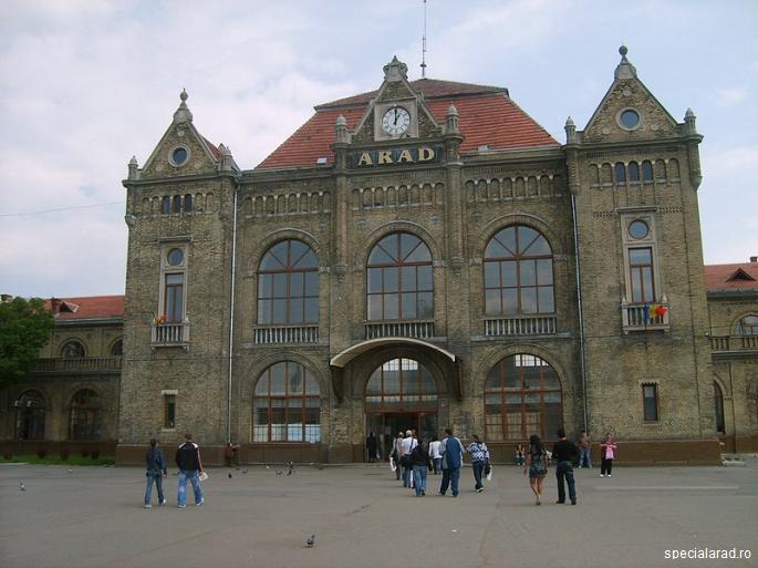 Patru persoane au fost rănite într-un accident produs duminică la prânz în Gara Arad