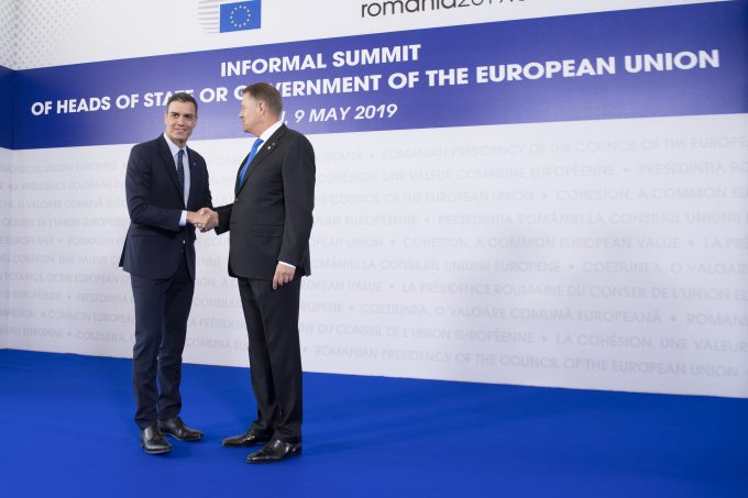 Pedro Sánchez, en la ciudad rumana de Sibiu, en una cumbre sobre el futuro de Europa