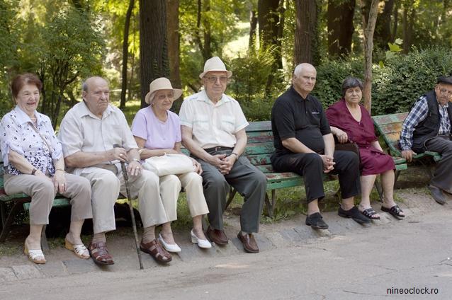 Pensionarii ar putea încasa cea de-a 13-a pensie. Cine va beneficia de acest venit?