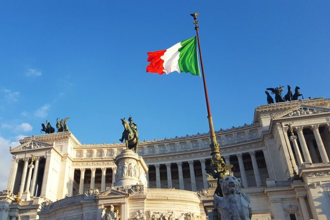 Populaţia Italiei, tot mai puţin numeroasă şi mai îmbătrânită (ISTAT)