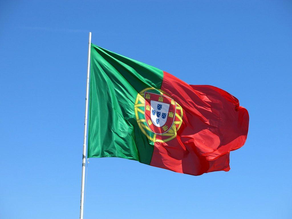 Portugalia restricţionează plecările din ţară pentru cetăţenii săi şi închide graniţa cu Spania