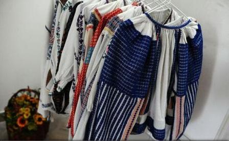 """Portul popular românesc - pe harta mondială a modei, prin proiectul """"We wear culture"""""""