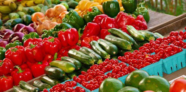 Preşedintele Confederaţiei Agriculturii Ţărăneşti: Închiderea pieţelor favorizează supermarketurile; agricultorii nu mai au unde să îşi vândă recolta