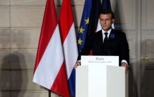 """Preşedintele Emmanuel Macron face apel la un """"răspuns rapid şi coordonat"""" împotriva terorismului"""